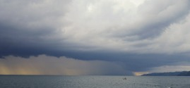 The weather is not always perfect and the lake Malawi gives us quite some cloud displays.