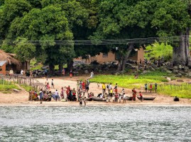 The people of Rwarwe (Malawi) welcoming the arrival of the weekly ferry.